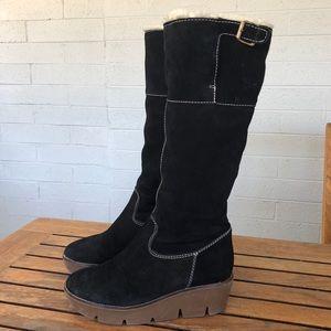 Women's MICHAEL KORS black suede boots size 8